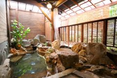 露天風呂(山側)